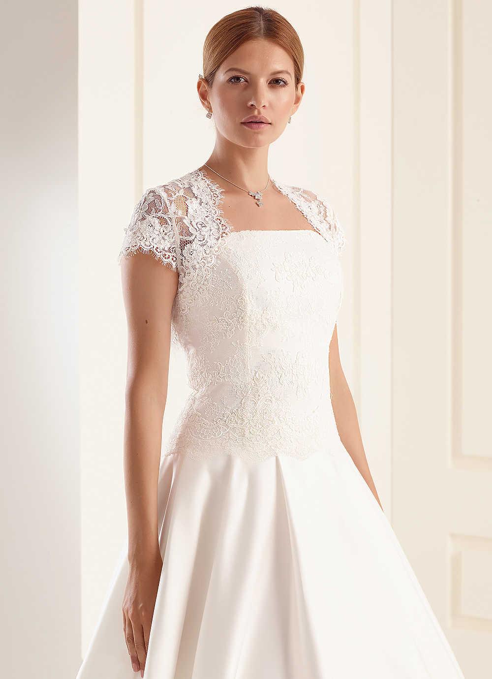 e36092252f Csipke boleró (163) :: Vicora esküvői ruhaszalon
