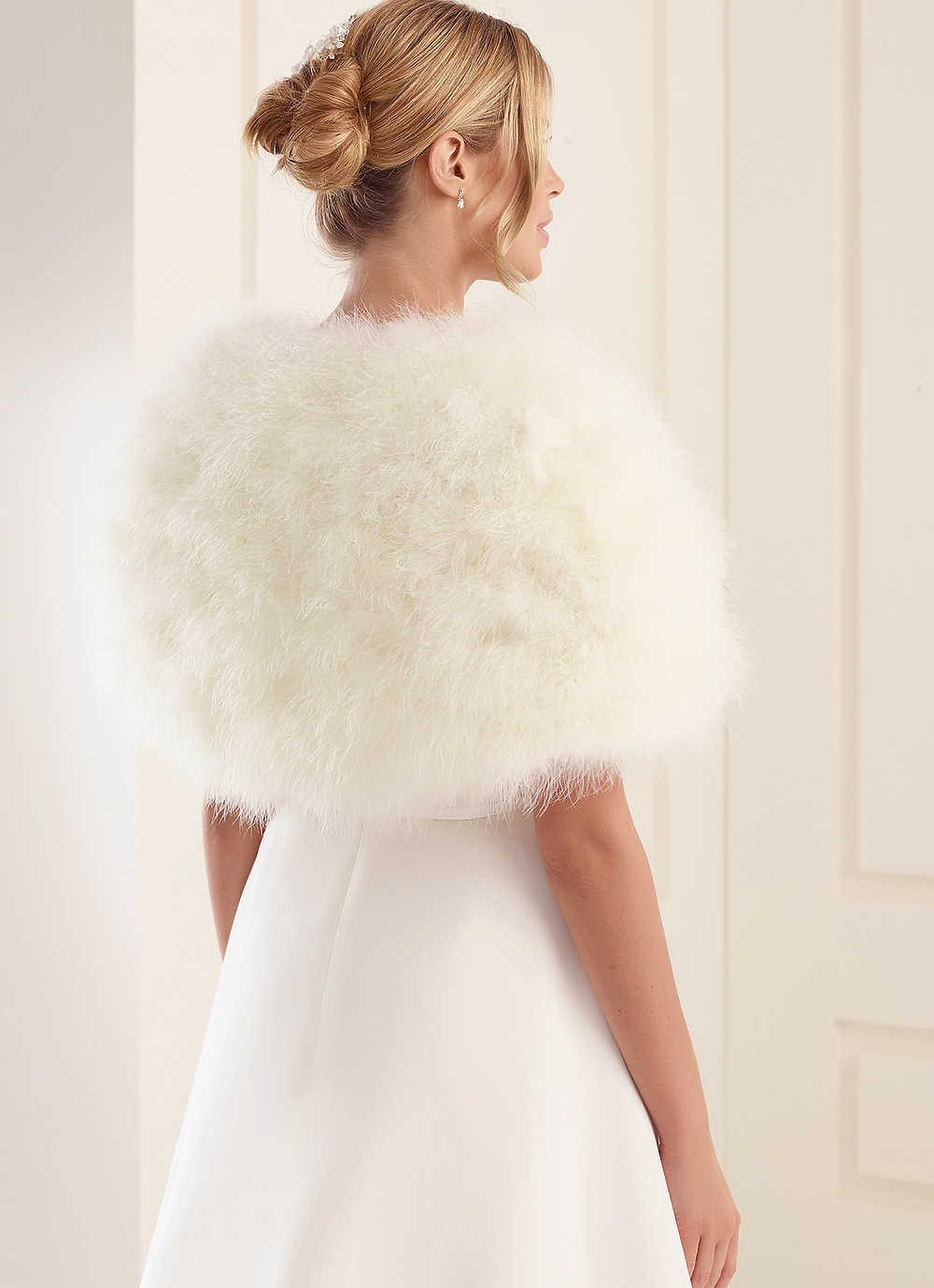 28318d3c1d Szőrme boleró (184) :: Vicora esküvői ruhaszalon