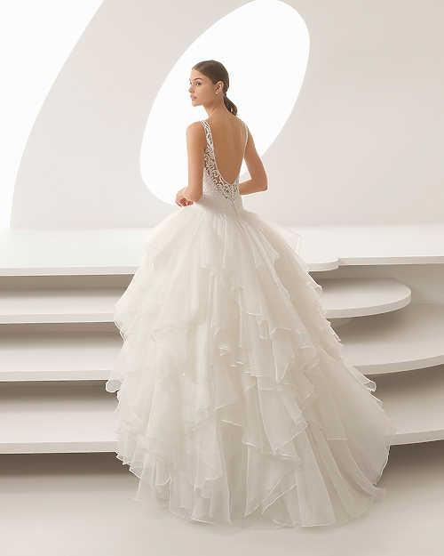 2fdfc21c67 Ivory :: Vicora esküvői ruhaszalon